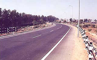 Design & Construction of ROB in lieu of L.C.No. 179 - C on Bharuch Dahej state highway on Build Operate and Transfer basis.